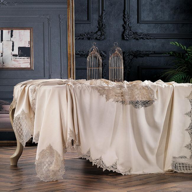 Zebra Casa - Baroque Masa Örtüsü Bej